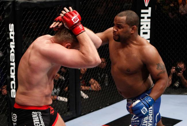 Daniel Cormier doesn't think Frank Mir is a step up in ...